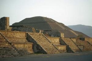 Luz y sonido en teotihuac n granmusica Espectaculo de luz y sonido en teotihuacan